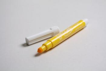 Yellow Edible FooDoodler Writer