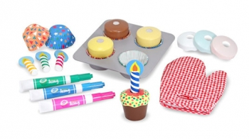 Melissa & Doug Cupcake Bake and Decorate Set