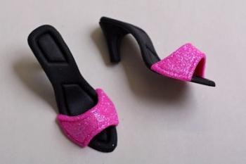 Black Cerise Sandals Icing