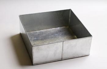 25 cm Square Cake Tin