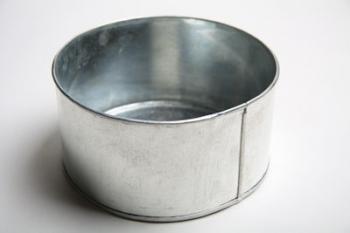20 cm Round Cake Tin