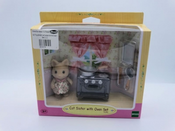 Sylvanian Families Cat Sister With Oven Set