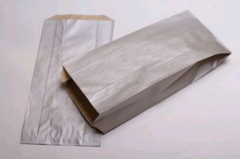 160x67x305 Silver Kraft Gift Bag (25)